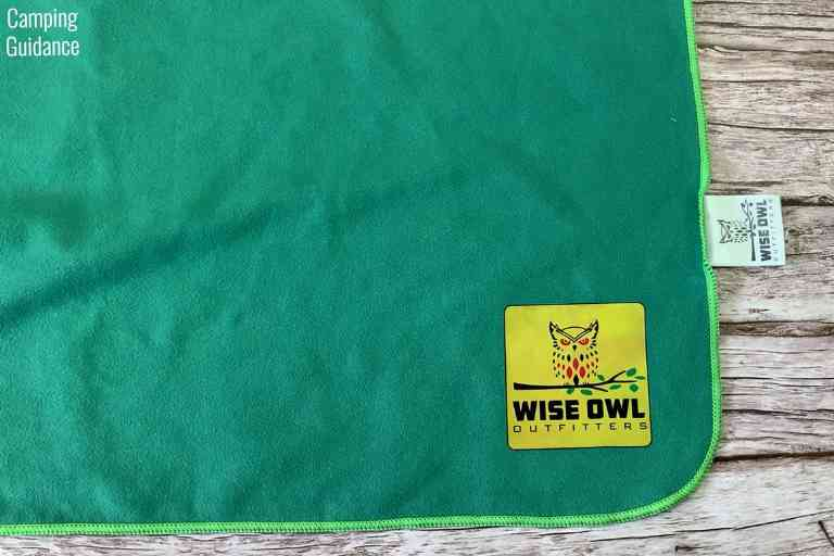 The Wise Owl logo on the towel. I didn't like how it felt a little slimy when wet.