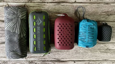 From left to right: PackTowl UltraLite (no storage pouch), Sea to Summit Pocket, Matador NanoDry Shower, Sea to Summit AirLite, Matador NanoDry Trek